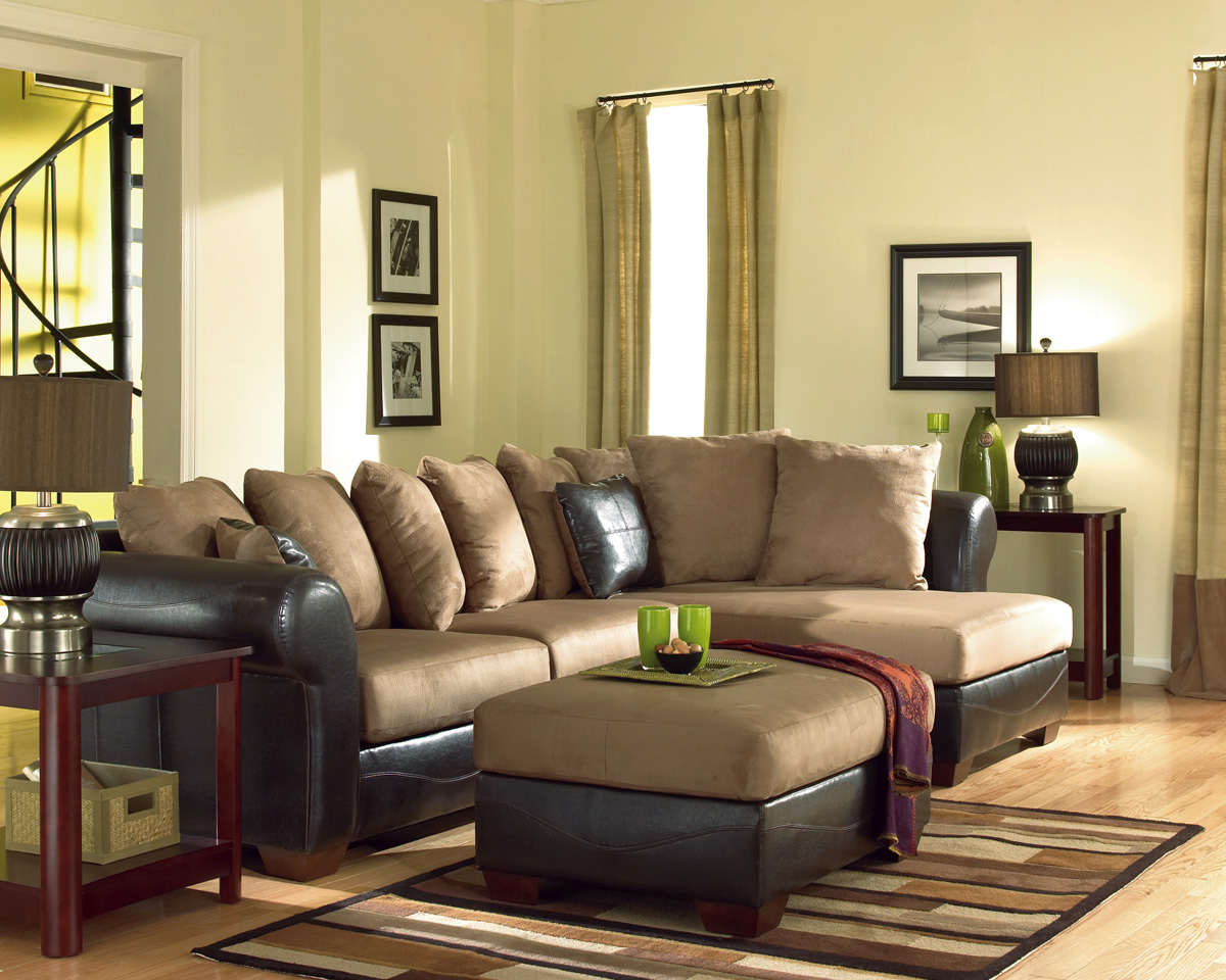 Duraplush mocha chaise sectional by signature design for Ashley mocha sectional with chaise